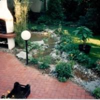 Klinker Pflaster Bachlauf Gartenteich